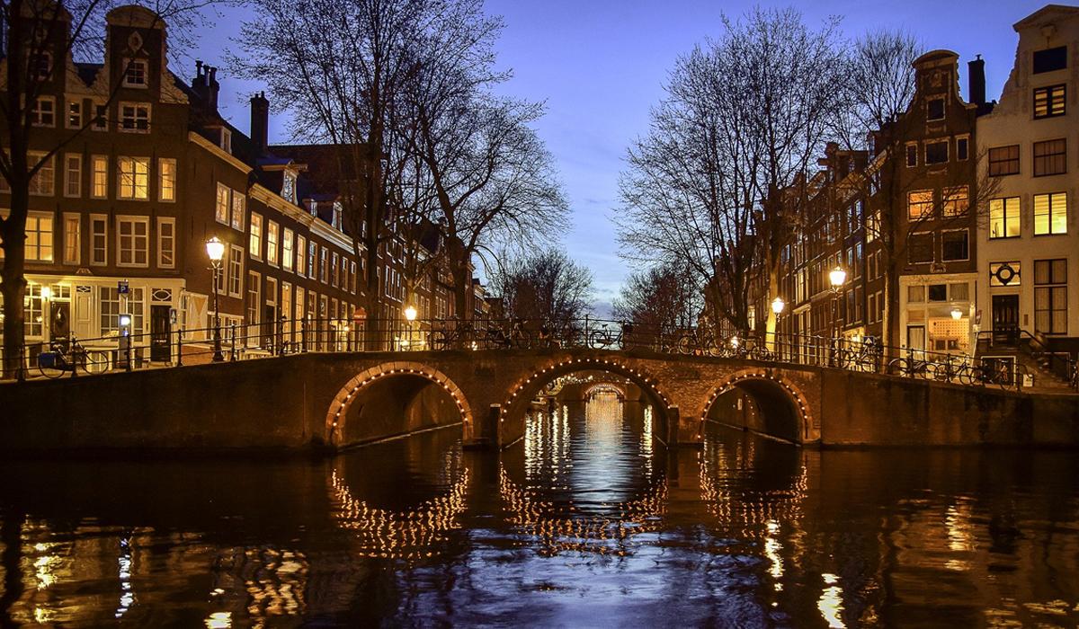 sector secundario Amsterdam netherlands